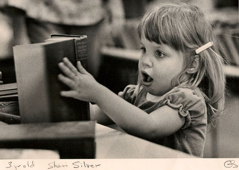 Scan.SheriSilver.19740001
