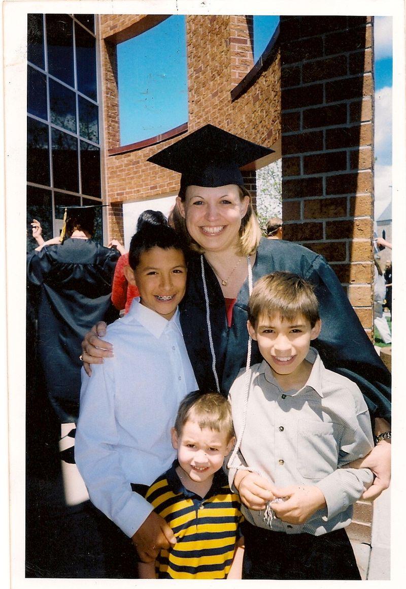 Scan.GradPicwKids.20080001